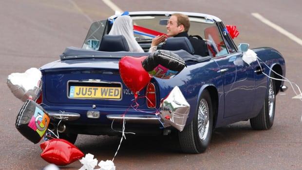 Retour sur le mariage du siècle et le défilé des voitures de collection