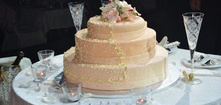 Quel gâteau choisir pour une fête de mariage distinguée ?