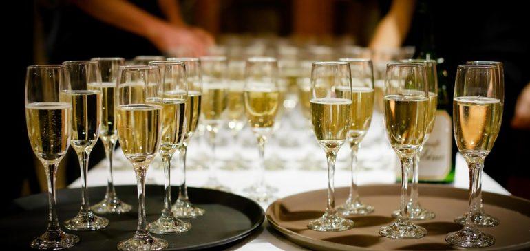 Choisir le bon traiteur pour organiser un repas de mariage