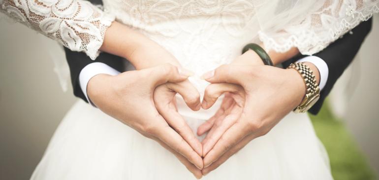 Jouez sur le romantisme et la gourmandise des dragées pour votre mariage