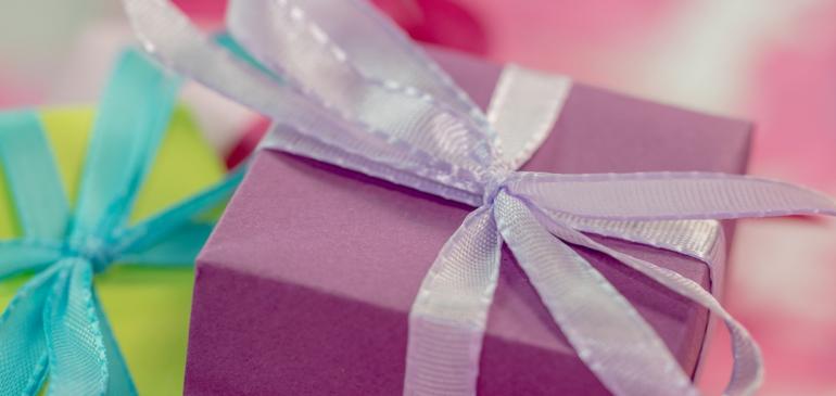 Personnaliser le cadeau pour les invités