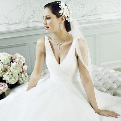 Robe de mariée féminine