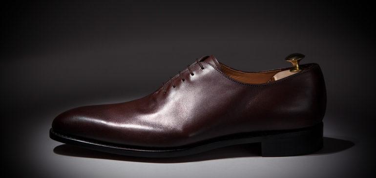Une belle allure masculine le jour J grâce à des chaussures élégantes