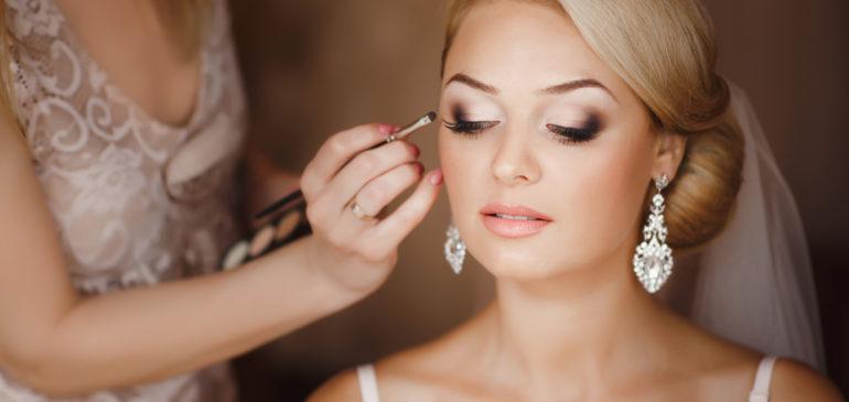 Comment réussir son make up le jour de son mariage?